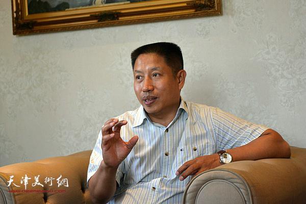 天津大学建筑学院博士生导师洪再生教授发言。
