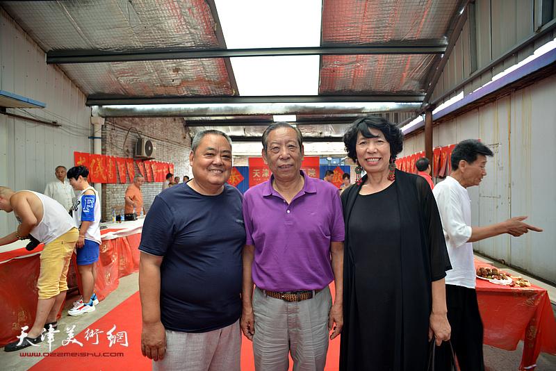 佟有为、赵广林、吕爱茹等在活动现场。