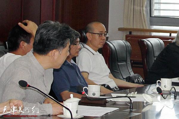 天津市美术馆参加评审会