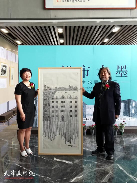 马波生教授向北京建筑大学捐赠作品