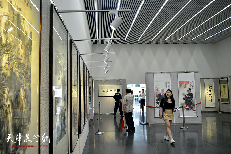 纪念改革开放四十周年全国2018最新博彩白菜大全名家作品展现场。