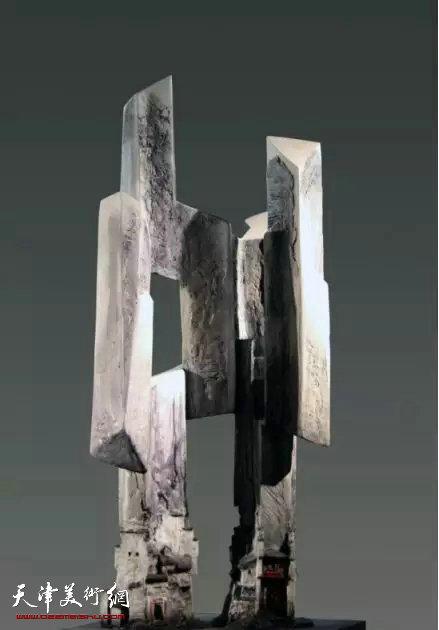 许正龙 《架构》  综合材料  40x40x94cm