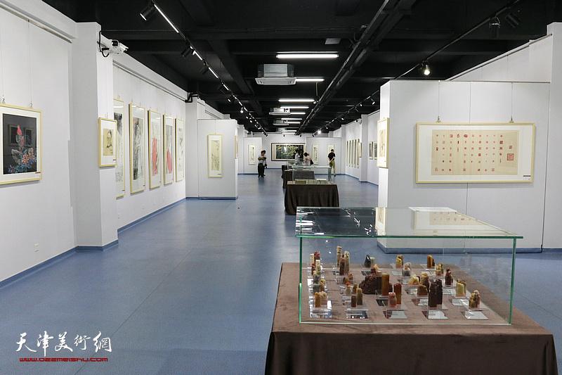 李尔山家庭文化艺术特展