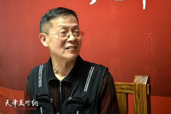 著名画家尚金声做客天津美术网