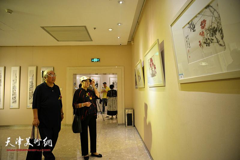 """""""集萃丹青""""天津名家作品展在北京保利艺术中心开幕。"""