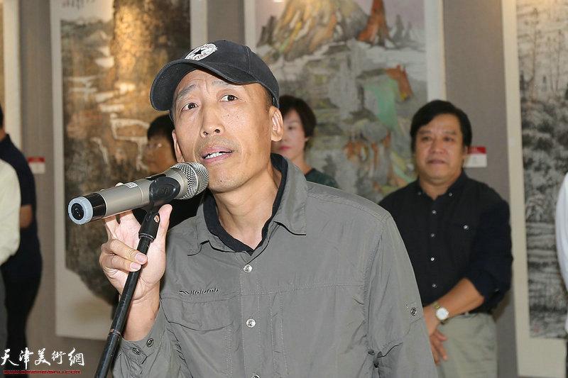 河北省保定市青年美协副主席李文岗致辞