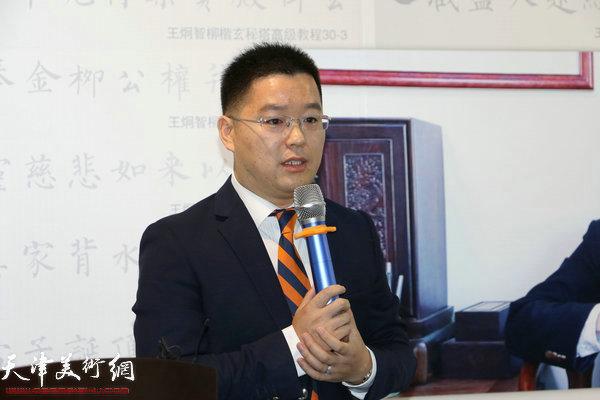 恒安标准人寿滨海新区公司经理刘辰明致辞。