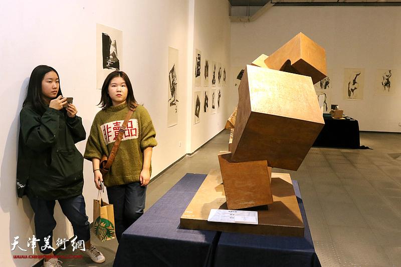 抽象之维-名师工作坊雕塑展