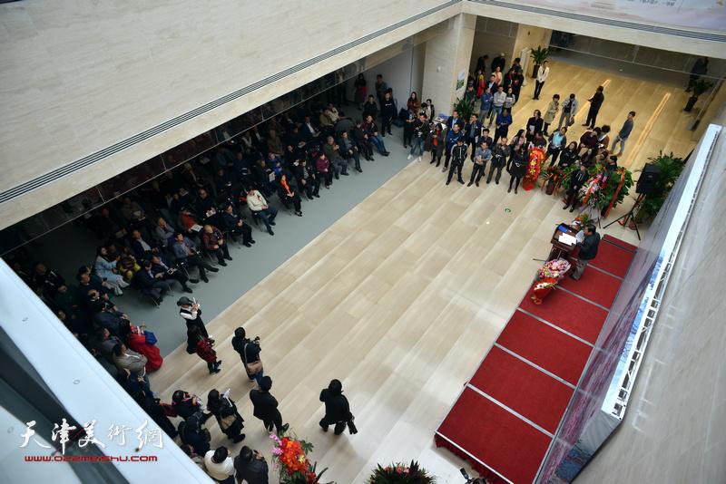 庆祝改革开放四十周年-史振岭花鸟画作品展10月18日在滨海美术馆开幕。