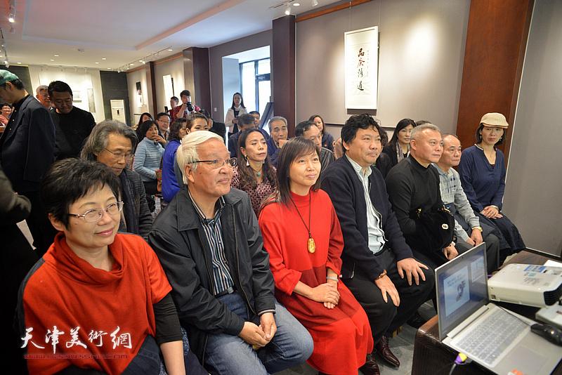 """""""梦蝶·菩提""""台湾艺术家林映汝女士陶艺作品展在十方雅集举办。"""