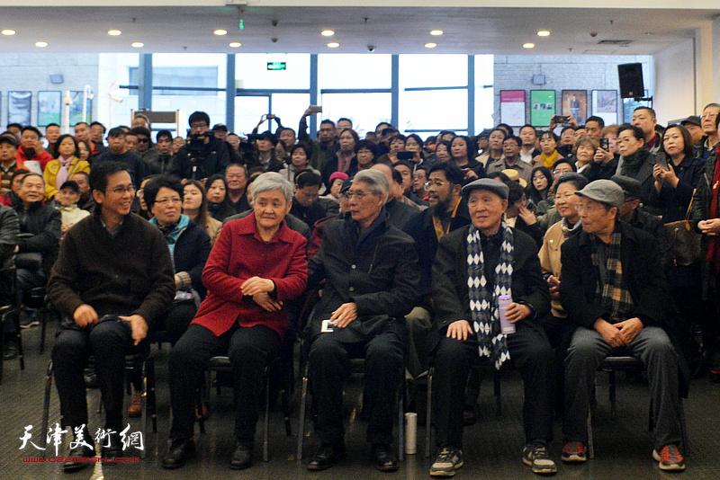 左起:何家英、刘瑞芳、杨德树、孙贵璞、韩文来在开幕仪式现场。