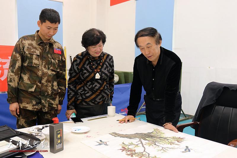 天津湖社画会书画名家走进塘沽消防大队
