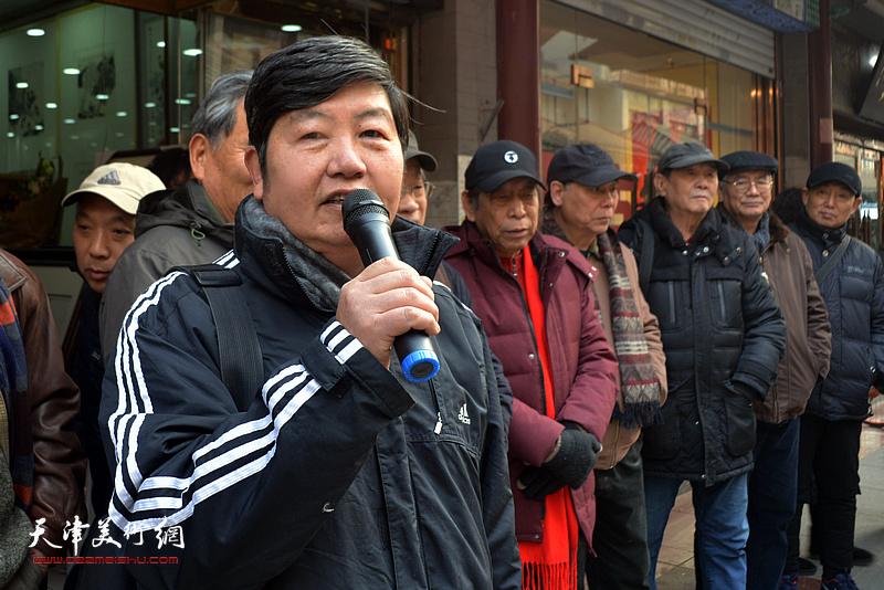 天津南开画院副院长、天津楹联书画院副院长、著名花鸟画家王惠民致辞。