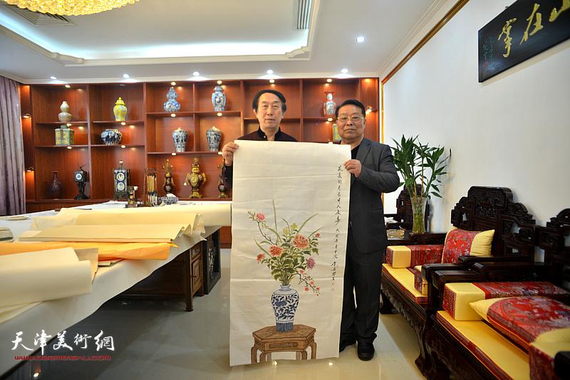 李岳林、胡玉林在迎新春活动现场。