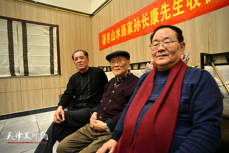 孙长康、孙季康、张志连在现场。