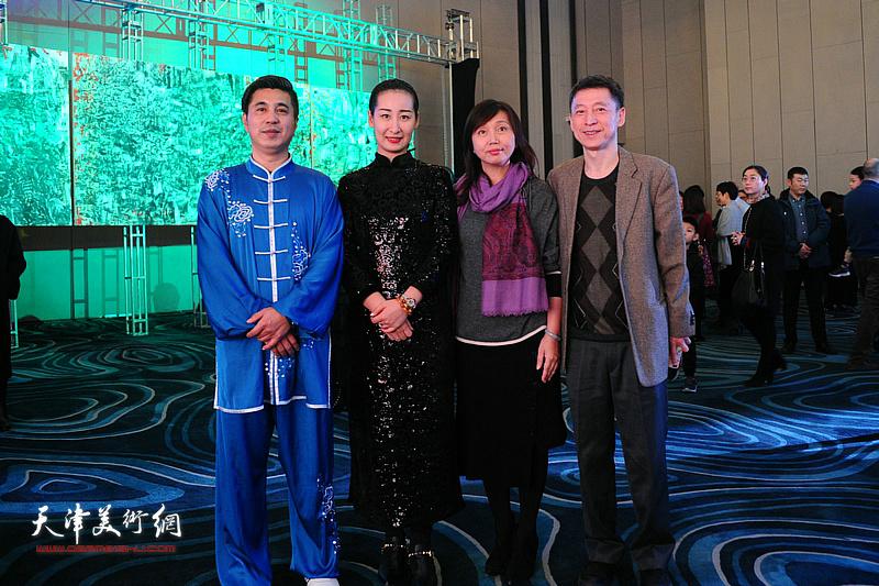 蔡芷羚、林锦彬等嘉宾在迎春沙龙现场。
