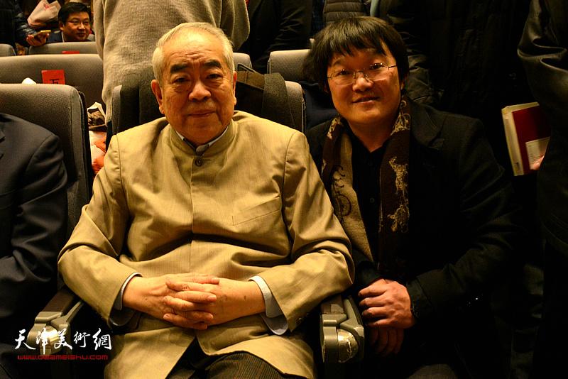 范曾、杨宇翔在会场。