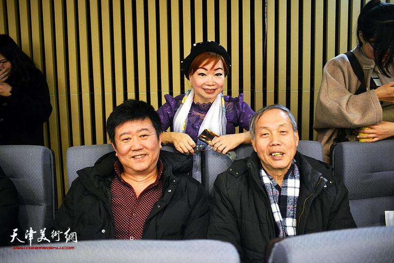 刘经章、康振惠、韩怡在活动现场。