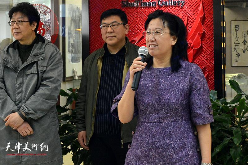 《华人艺术报》主编元林致辞。