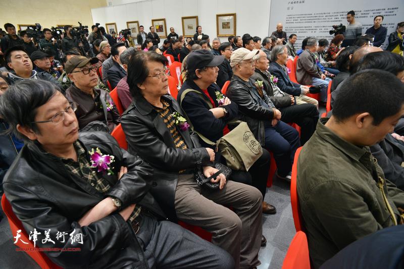 郑连群、王春涛、高博在画展开幕仪式现场。