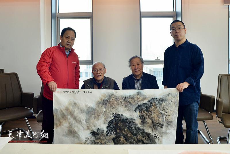 孙长康、姬俊尧、李思哲、田罡在书画名家联谊活动现场。