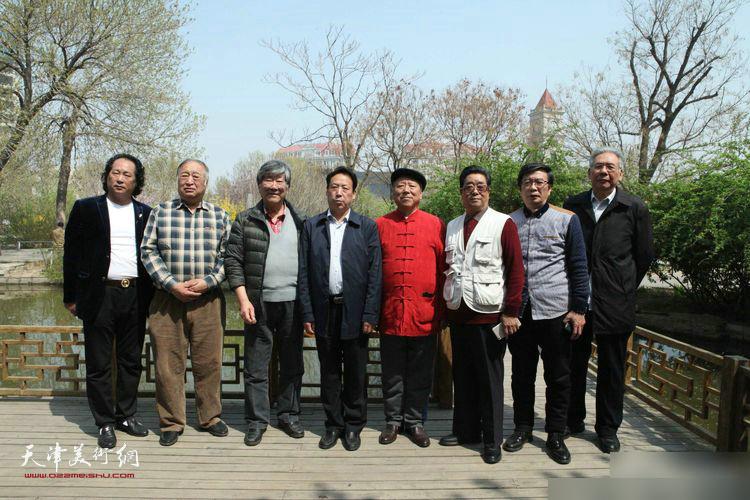 张东伟、王超、曲学真、王山岭、赵玉森、孙云川、刘长龙、窦金彪在天津。
