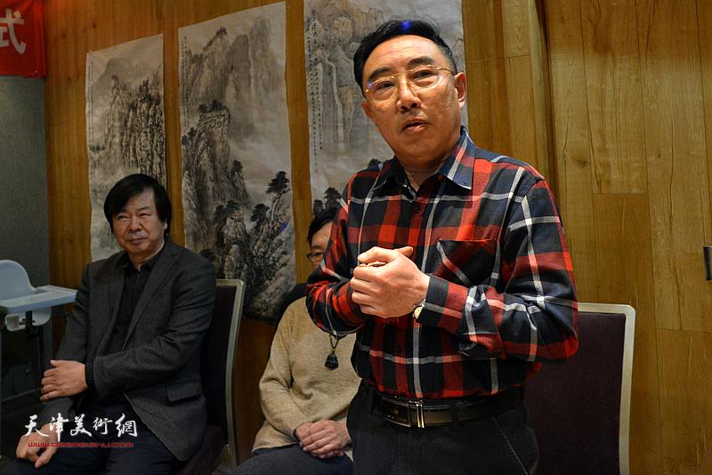 柳春水祝贺钱桂芳先生喜收新徒。