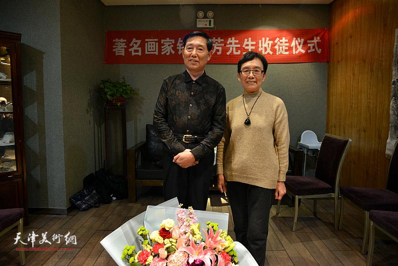 钱桂芳先生与萧惠珠在拜师收徒仪式现场。
