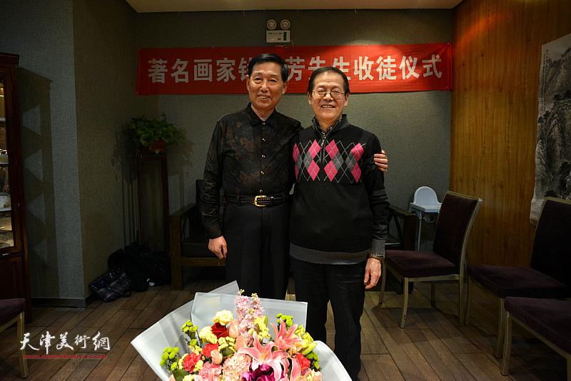 钱桂芳先生与尚金声在拜师收徒仪式现场。