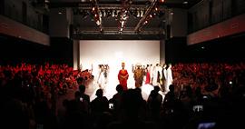 天津美院曹敬钢现代撒拉族服饰设计作品亮相北京