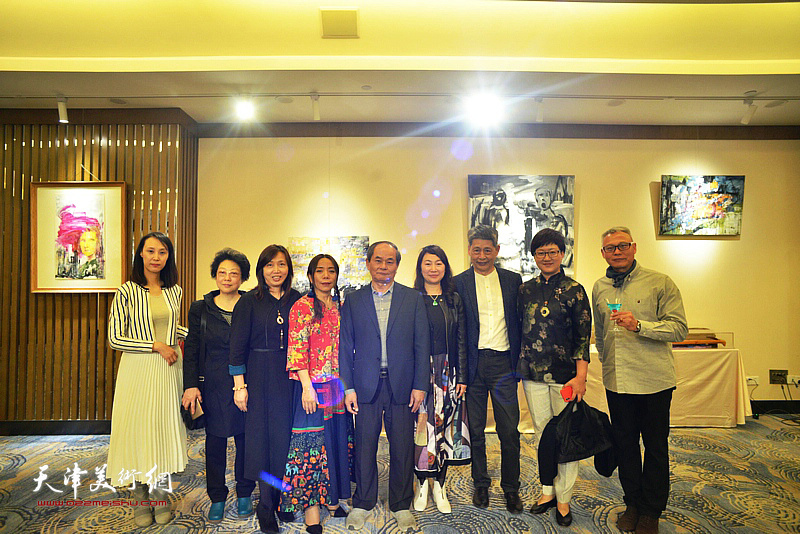 淋子与黄瑞兴、张俊国、蔡芷羚、樊奇为、腾桓、钟一凌等来宾在活动现场。