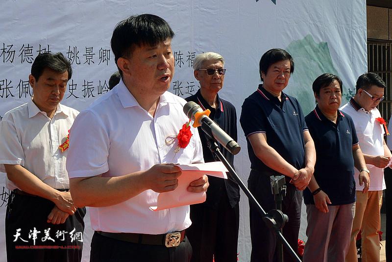 天津市山东高唐商会会长邱玉广致辞。