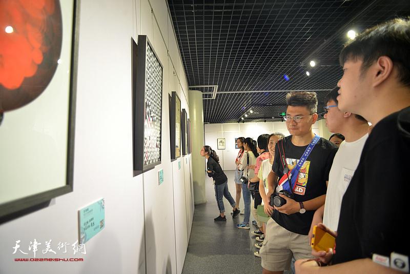"""""""京津冀设计名家邀请展""""现场。"""