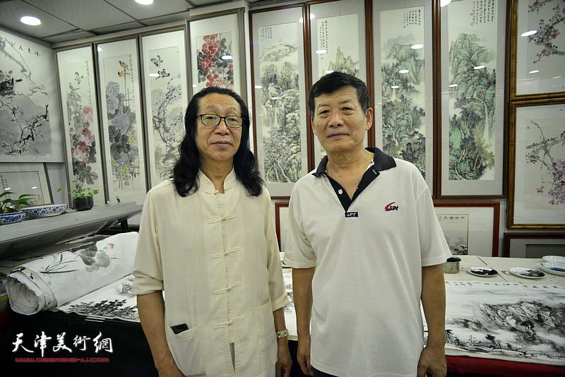 张葆东、郭大同相聚鹤艺轩。