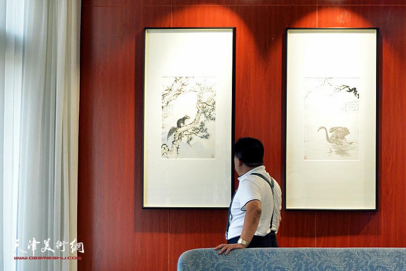 """""""双秀记——范治斌&马兆琳水墨新作双个展""""现场。"""
