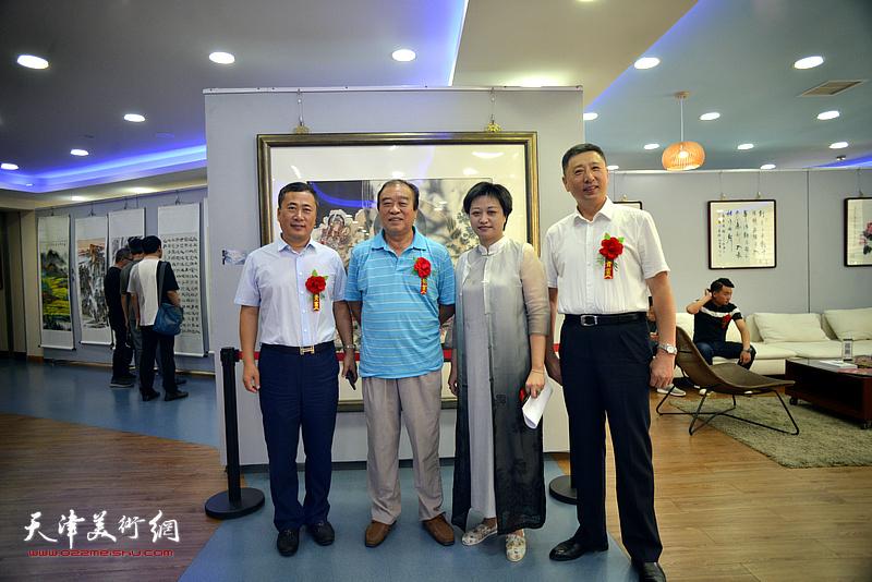 左起:魏洪泉、王如意、彭飞、王勇在活动现场。