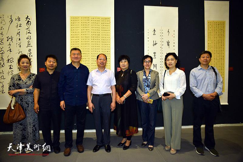 大胆岛标�_庆祝新中国成立70周年\