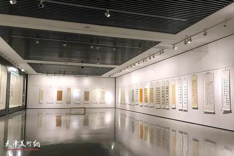我和我的祖国·第六届滨海新区师生书画大赛优秀作品展展馆。