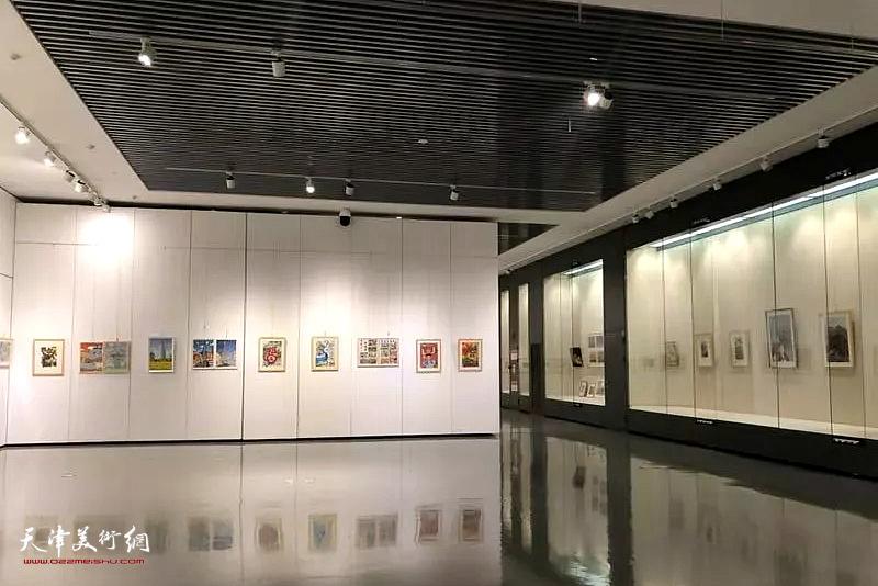 我和我的祖国·第六届滨海新区师生书画大赛优秀作品展展线图。