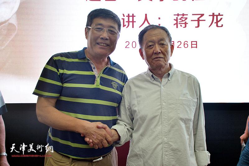 蒋子龙先生与张春生在活动现场
