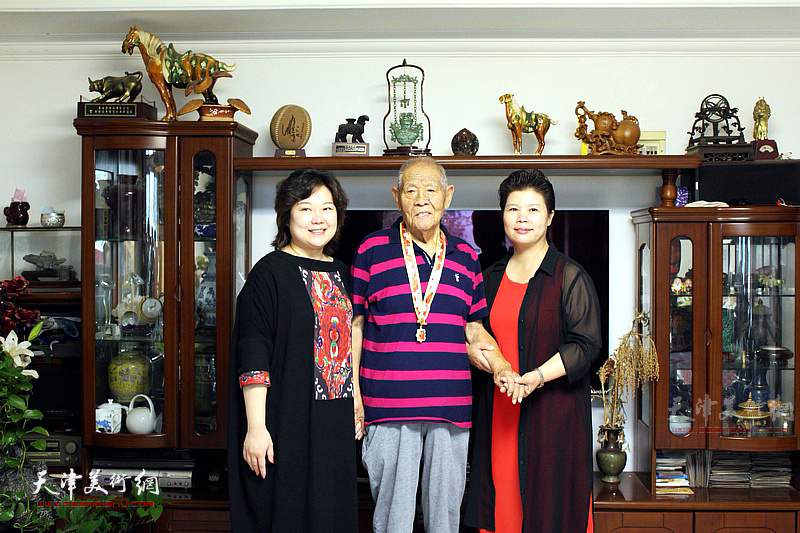 张锡武先生与天津北方文创产业集团有限公司总经理刘红、天津杨柳青画社书记白琳琳