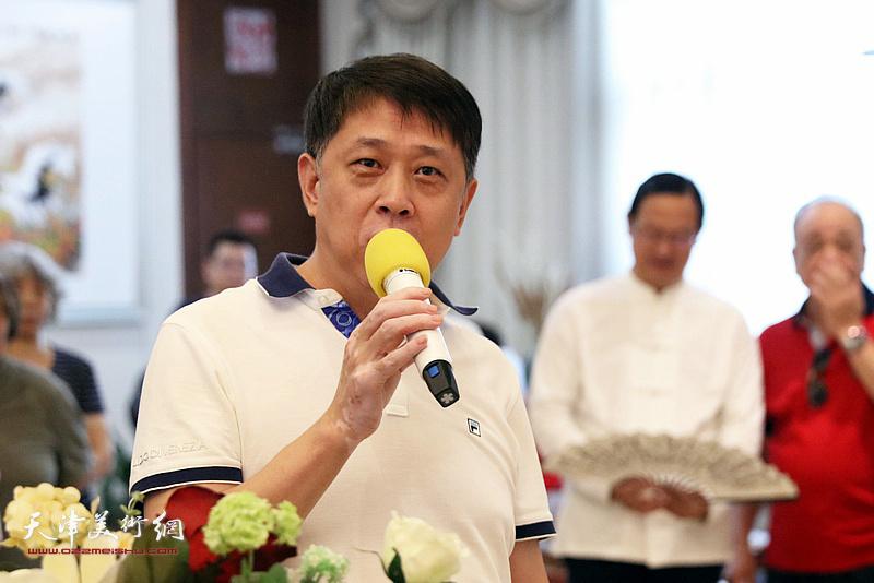 中共滨海新区区委宣传部副部长王东红致辞。