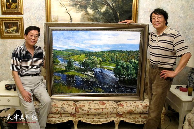 杜仲华采访张胜。