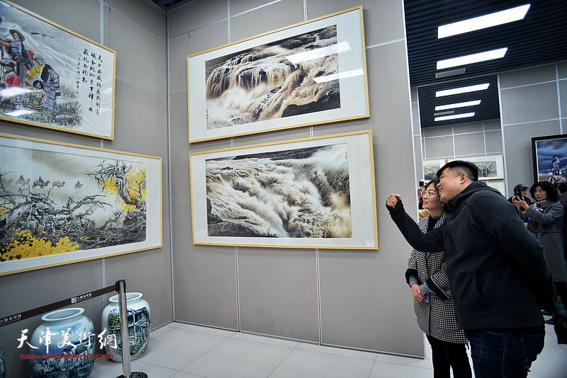 大美无言——张礼军绘画艺涯60年汇报展现场。