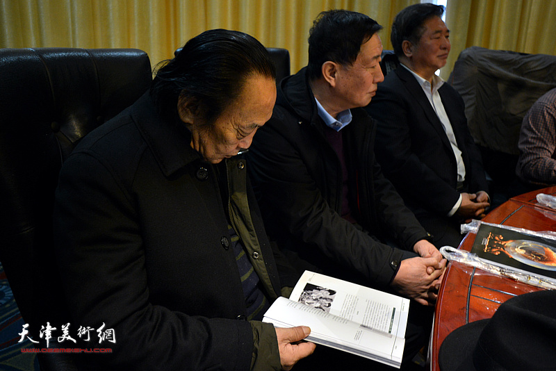 《琢磨—津派玉雕印迹史痕》研讨会现场。