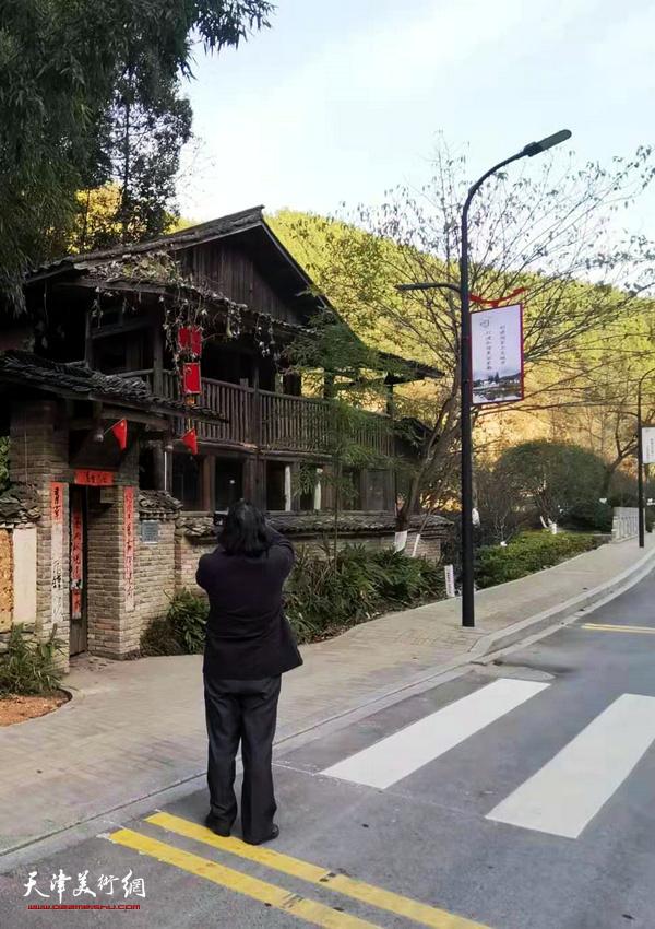 开发建设中的天津美术学院昌南新区创作中心。