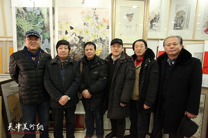著名画家王惠民花鸟画展