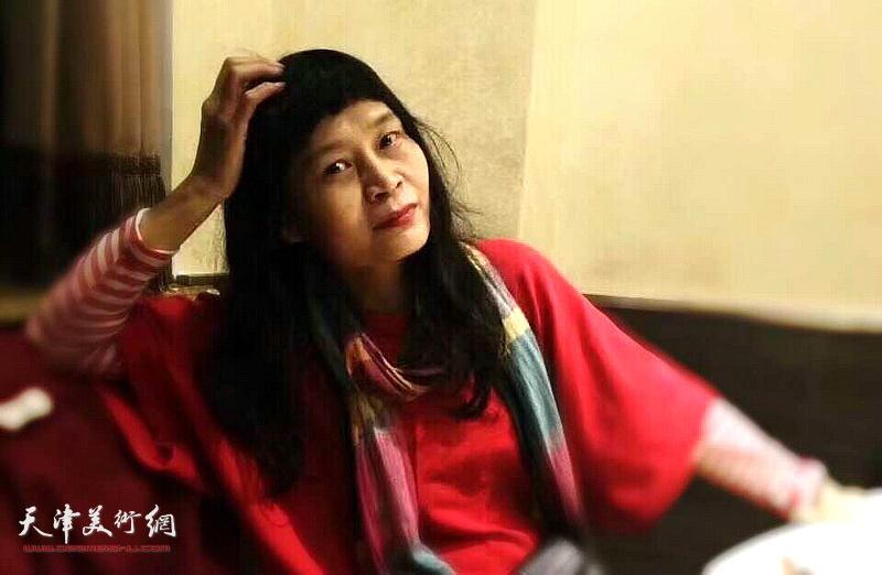 女画家杨晓君