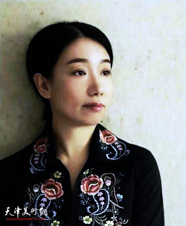女画家庄雪阳