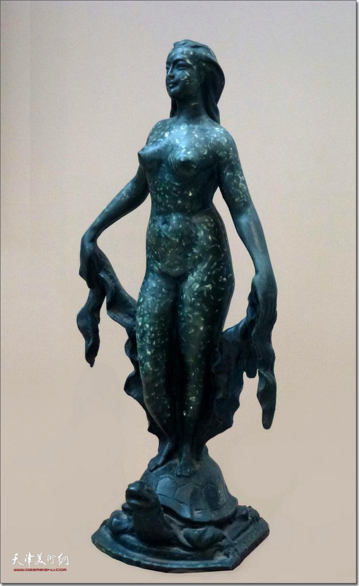 王海林作品《维纳斯》 (铸铜雕塑)